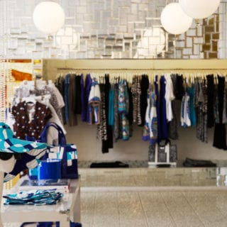 Brick and Mortar Stores can use Retail Technology to Build Sales
